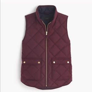 J. Crew Excursion Quilted Vest in Burgundy Sz. M